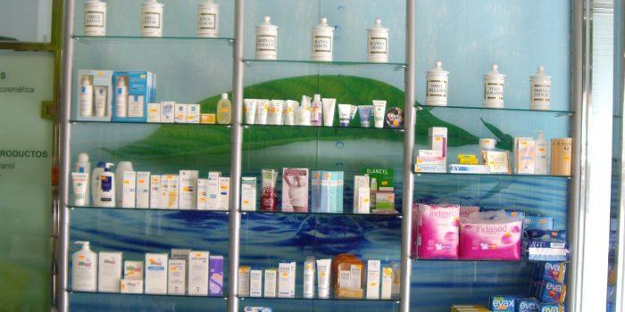 estanterias farmacia 10