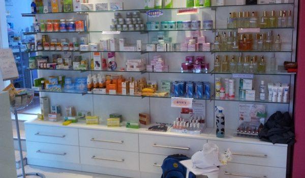 estanterias farmacia 4