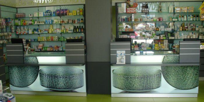 estanterias farmacia 7