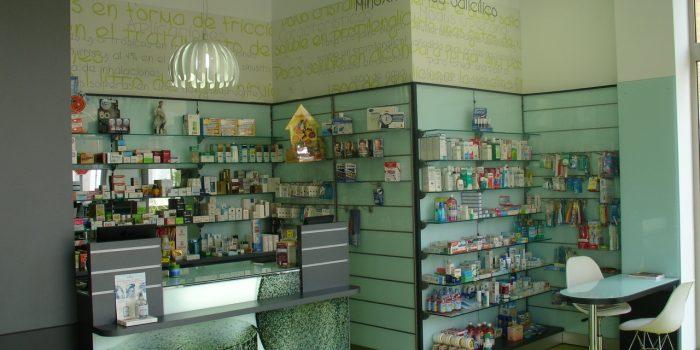 estanterias farmacia 8